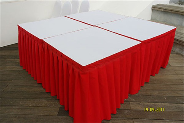 3×3 Square Table with Cloth Skirting