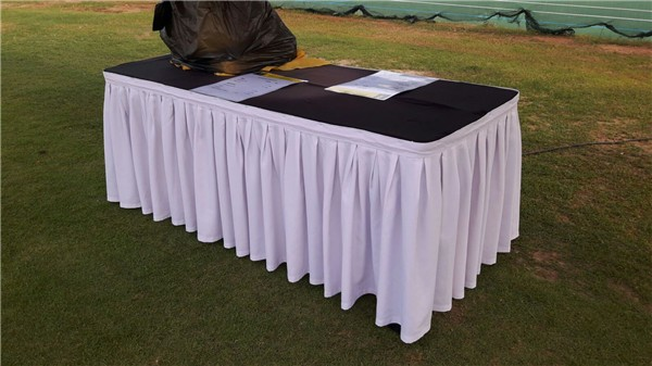 4×2 Table with Table Cloth and Skirting